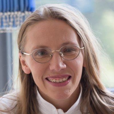 Barbara Wypart - akupunkturzystka, wykładowca TCM, autorka kursów BaZi i Qi Men